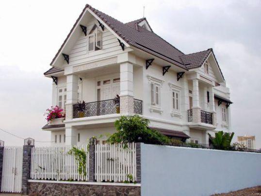 THI-CONG-NHA-MAI-NGOI